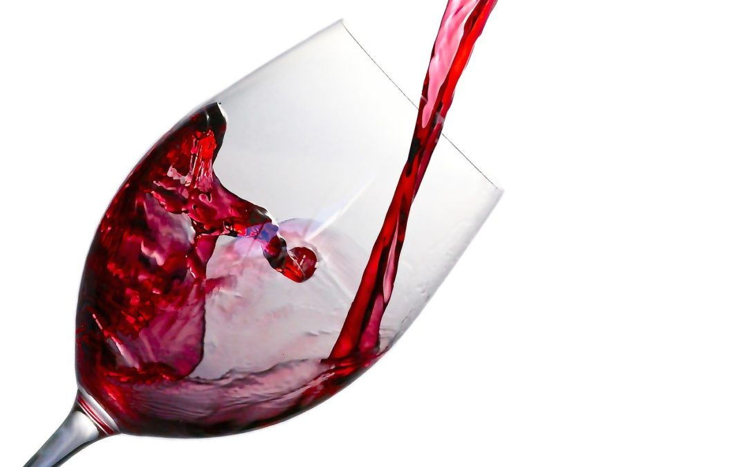 Learn How Red Wine Aids With Oral Health