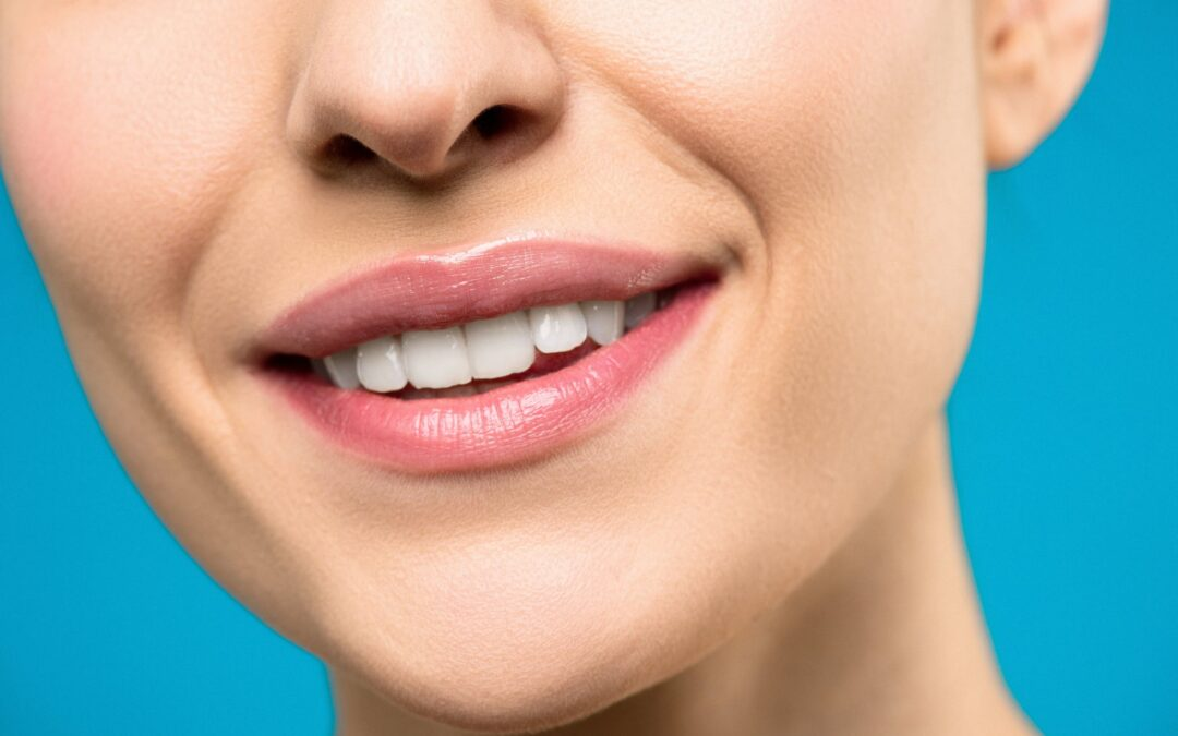 Outstanding Tips To Keep Teeth Looking Clean and White